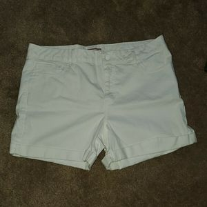 Tommy Hilfiger Women's Shorts Size 16 White